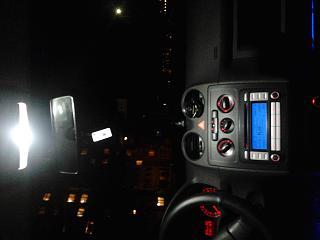 Переднее освещение салона-2012-11-30-20.16.07.jpg