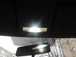 Переднее освещение салона-2012-12-01-14.08.01.jpg