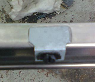 Установка кожуха направляющей сдвижной двери-0097.jpg