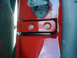 Установка кожуха направляющей сдвижной двери-0101.jpg