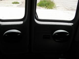Переделка грузовика в пассажира-p1010529.jpg