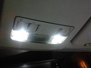 Переднее освещение салона-2013-03-15-21.43.02.jpg