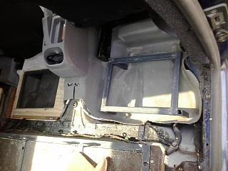 Переделка грузовика в пассажира-2013-04-24-10.56.09.jpg
