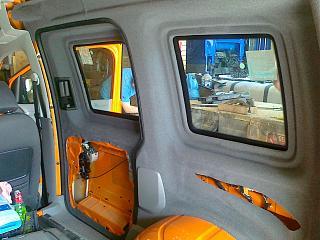 Переделка грузовика в пассажира-30042013418.jpg
