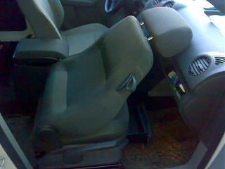 Переделка грузовика в пассажира-01062013023.jpg