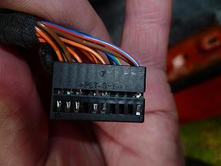 Есть на форуме умеющие читать электрические схемы?-p1050148.jpg