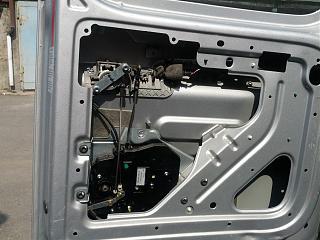 Как установить внутреннюю ручку на распашную дверь?-2013-06-13-15.48.44.jpg