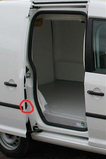 Сдвижные двери. Проблемы и решения.-vw_caddy1.jpg