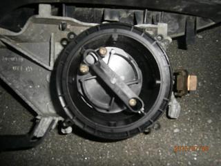 Установка электрозеркал-p7090020.jpg