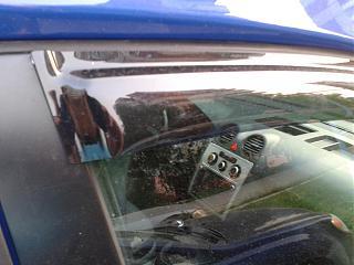 Дефлекторы передних дверей и на капот-2013-08-01-21.35.56.jpg