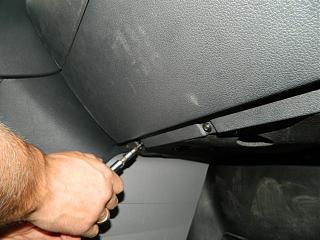 Замена (установка) бардачка от VW Caddy Life 2011-2012гг.-dscn3937.jpg