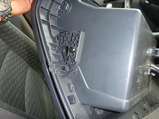 Замена (установка) бардачка от VW Caddy Life 2011-2012гг.-p1000939.jpg
