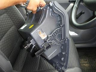 Замена (установка) бардачка от VW Caddy Life 2011-2012гг.-p1000948.jpg