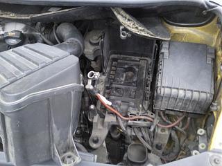 Снятие установка аккумулятора и площадки под ним.-7.jpg