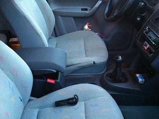 Замена (установка) бардачка от VW Caddy Life 2011-2012гг.-img_0564.jpg