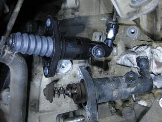 Замена главного цилиндра сцепления (фотоотчет)-9.jpg