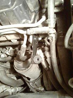 FAQ: Установка декоративной крышки двигателя BLS 1.9 TDI-2014-02-20-19.53.35.jpg