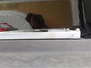 Переделка грузовика в пассажира-02032012383.jpg