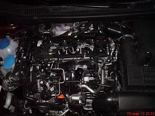 Крышка  ГБЦ на двигатель 2.0 TDI-dsc01876.jpg