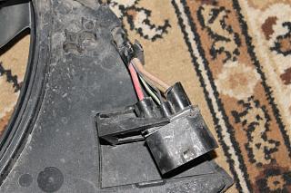 Вентилятор охлаждения  постоянно работает-img_1695.jpg