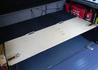 Полка в багажник - второй этаж для вещей.-polka_0004compr.jpg