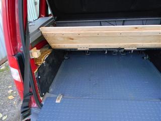 Полка в багажник - второй этаж для вещей.-polka_0007compr.jpg