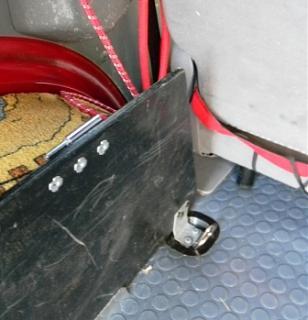 Полка в багажник - второй этаж для вещей.-polka_0011compr.jpg