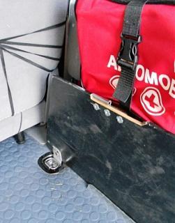 Полка в багажник - второй этаж для вещей.-polka_0012compr.jpg