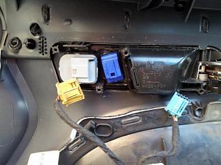 Кнопка центрального замка на водительской двери-20120406_115741.jpg