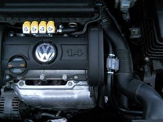 У кого двигатель 1,4 ( BCA , BUD ) заходите-dscn2505.jpg
