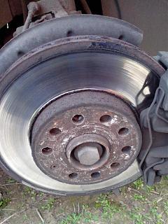 Замена передних тормозных дисков и колодок-img_20161012_161859.jpg