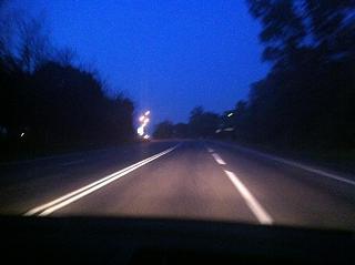 Замена лампочек в передних фарах-915.jpg