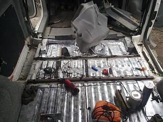 Переделка грузовика в пассажира-16092012570.jpg